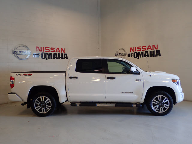 Pre-Owned 2018 Toyota Tundra SR5 4WD