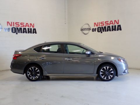 Pre-Owned 2017 Nissan Sentra SR With Navigation